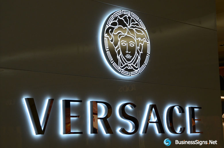 3d-led-backlit-signs-with-mirror-polished-stainless-steel-letter-shell-and-20mm-thickness-acrylic-back-panel-for-versace